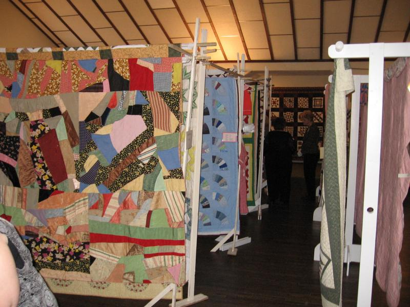 Quilt show as part of Civil War Reenactment